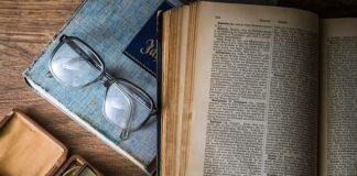 How to cite a book